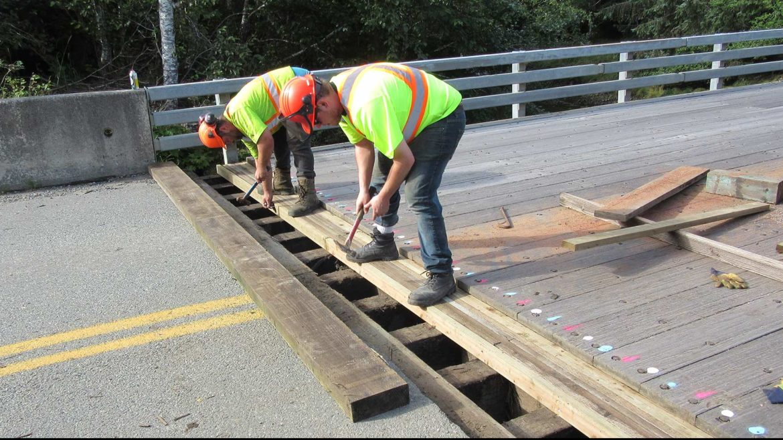 Road & Bridge Construction